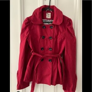 Tulle red pea coat w/bell sleeves and belt XL